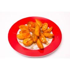 Cartofi Wedges cu usturoi si rozmarin
